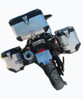 Kit de maletas laterales en aluminio.